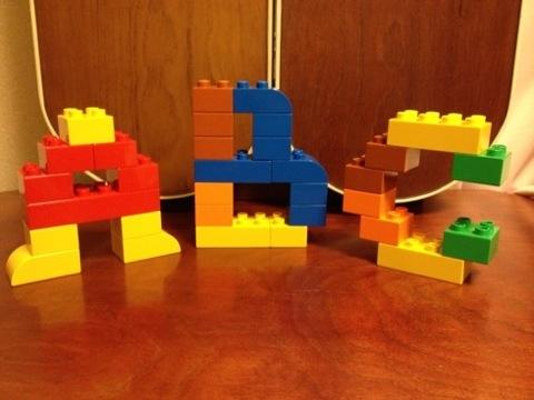 簡単なレゴ アルファベット