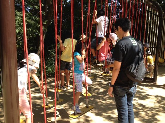 須磨離宮公園 子供の森の遊具1