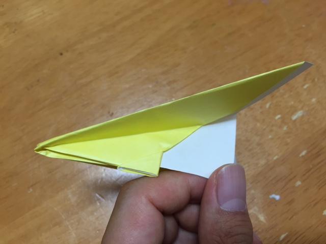 折り紙へそ飛行機